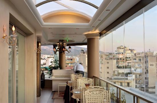The Athenian Callirhoe Exclusive Hotel: Rooftop Restaurant