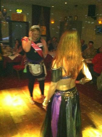 Christakis Greek Taverna : Belly Dancing!