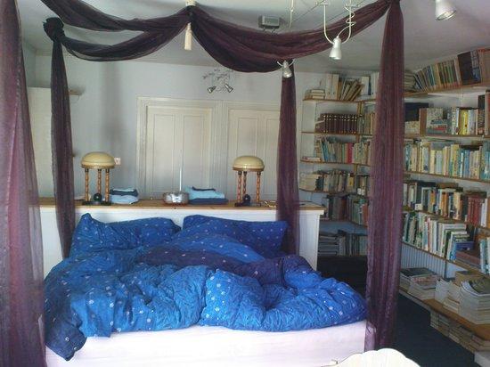 Bleanaskill Lodge: The Library Room