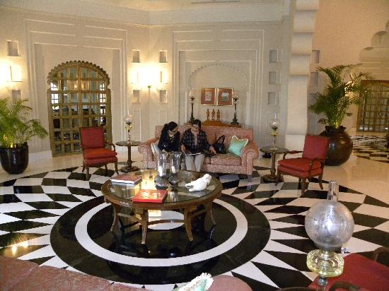 The Oberoi Udaivilas : The lobby