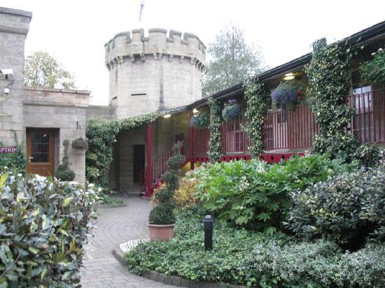 The Garrison Hotel: Garrison Hotel Courtyard