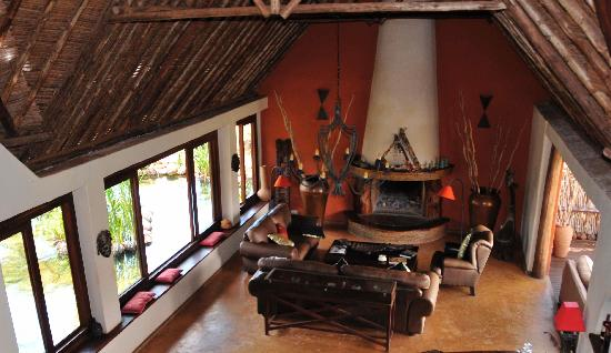 Tawi Lodge: Lodge Lounge