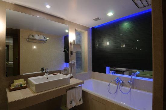 The Fern Ahmedabad: The_Fern_Ahmedabad_Bathroom with bathtub