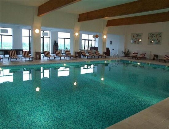 Club Insieme Grand Resort: Inside Pool