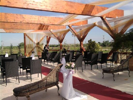 Club Insieme Grand Resort: Outside ceremony