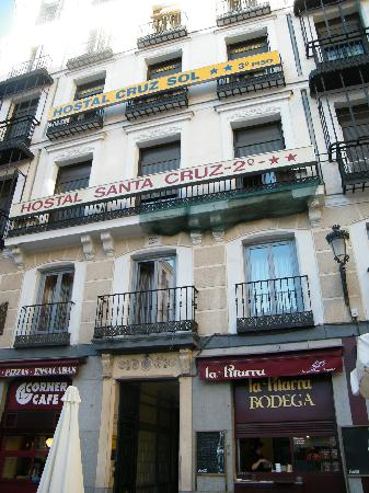 Hostal Cruz Sol: View from the outside