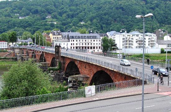 Hotel Constantin : the Roman Bridge
