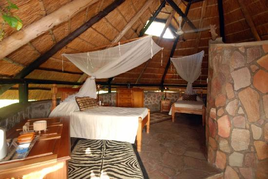 Hornbill Lodge: twin room 1