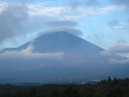 Fujinobou Kaen Hotel: View of Mt. Fuji from my room