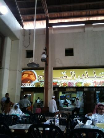 Souk Al-Mubarakiya: delicious food and reasonable prices