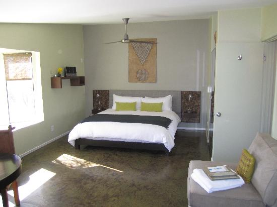 The Spring  Resort & Spa: Guarateed REM sleep in the plush bedding