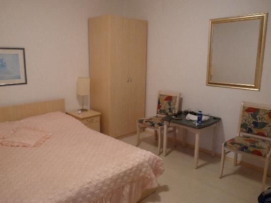 "Villa Boro: well, this is ""spacious"" room"