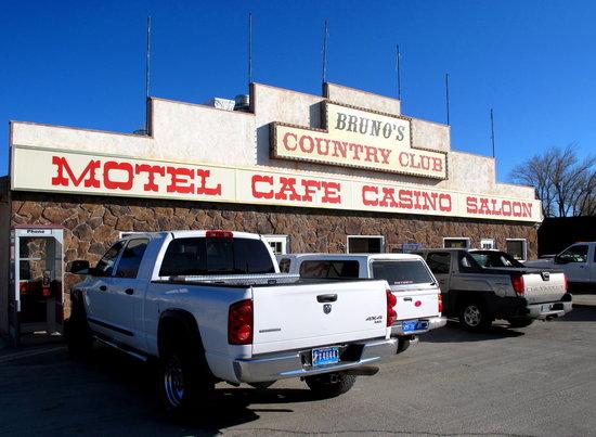 Bruno's Country Motel