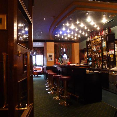 Hotel Post: Bar