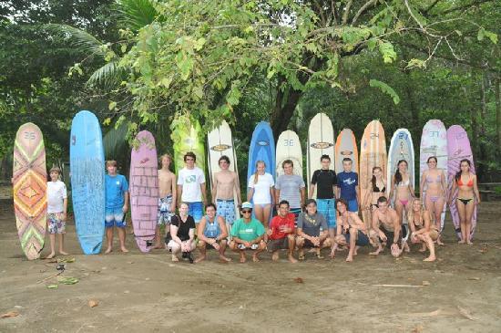 Uvita 360: group of surfers