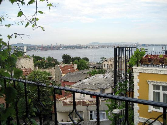 Marmara Guesthouse: View of the Marmara Sea from the rooftop