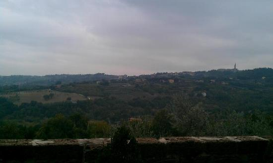 Castello di Monterone: View at breakfast