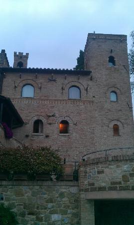 Castello di Monterone: castle