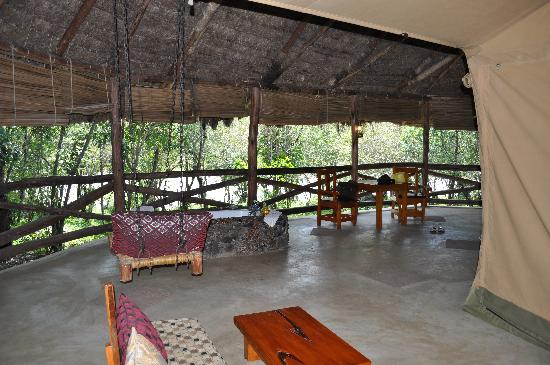 Mara Timbo Camp: Terrasse