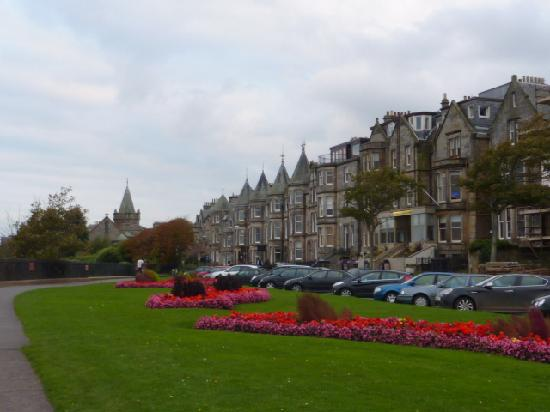 Fairways of St Andrews: A beautiful stroll right around the corner to enjoy the ocean view and these beautiful historic