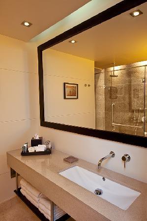 Hilton Bogota: Bathroom