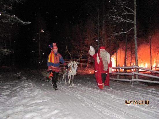 Rantasipi Pohjanhovi: santa arriving amazing night