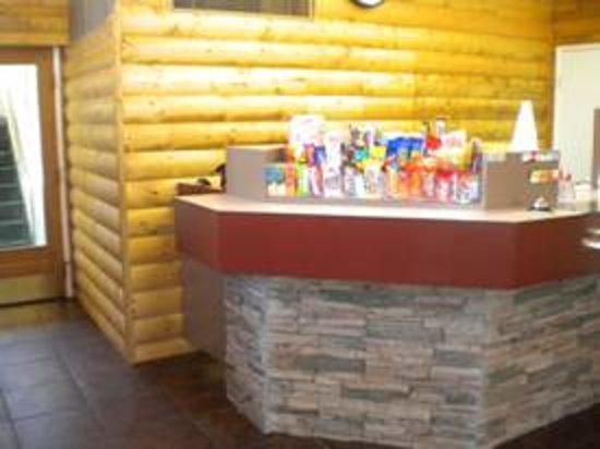 Western Inn Motel: Front Desk