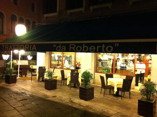 Trattoria Pizzeria da Roberto: Nein, außergewöhnlich gute Pizzen.
