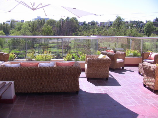 Alwa Hotel Boutique: roof top patio
