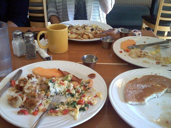 Swami's Cafe: Yummy Goodness