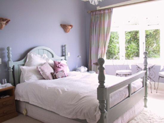 Serendipity Boutique Bed & Breakfast: Guest Bedroom