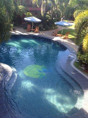 BEST WESTERN Boracay Tropics Resort: Pool area