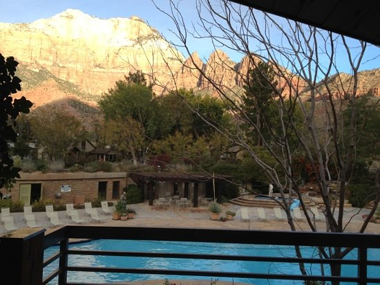 Desert Pearl Inn: view from deck of Zion and pool.