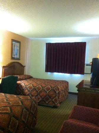 Travelodge Battle Creek : room