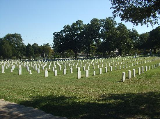 Texas State Cemetery: the confederate area