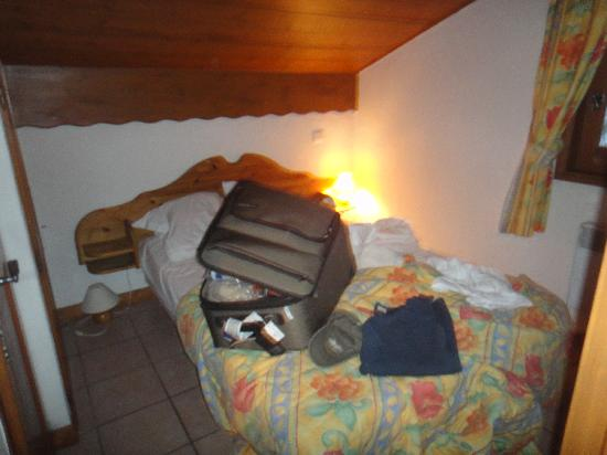Pierre & Vacances Residence Les Hauts de Chavants: Downstairs bedroom.