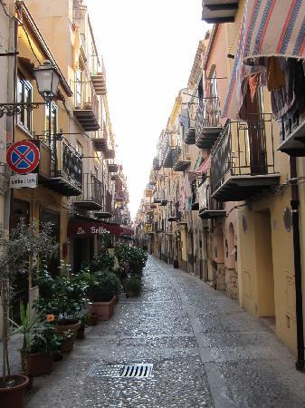 La Botte: Street view