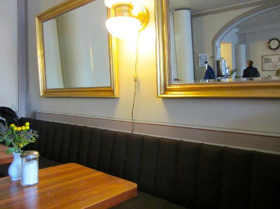 Cafe Engel: Cafe_II