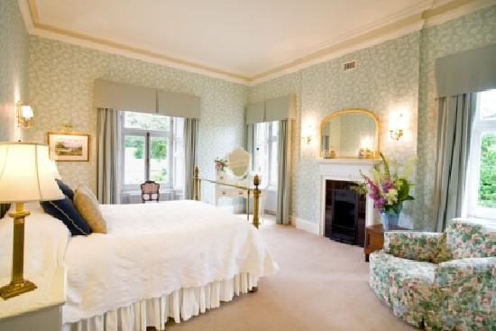 Mornington House: Mauve Room