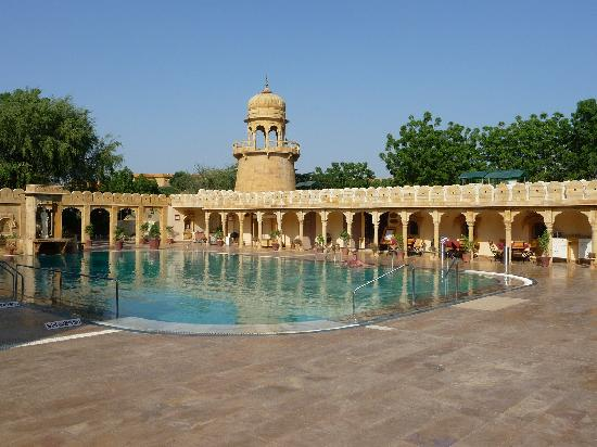 Fort Rajwada: Swimming pool