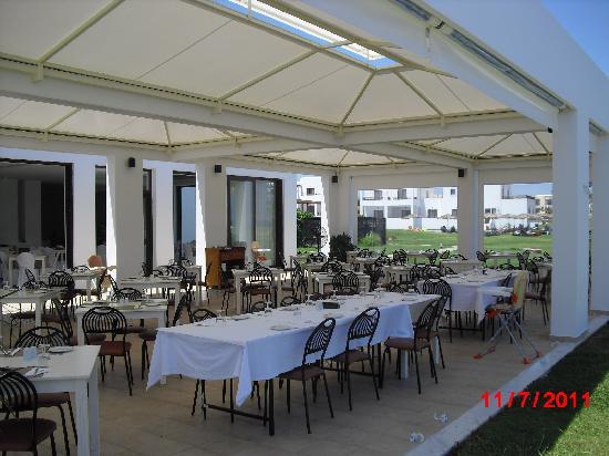 Geraniotis Beach Hotel: the hotel restaurant