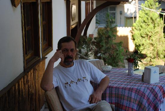 Urcu Hotel: Хорошо сидим...