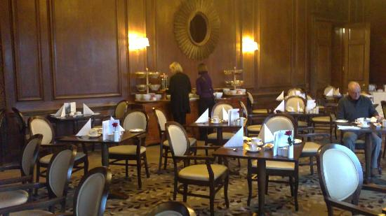 Holme Lacy, UK: luxury dining in the orchard restaurant