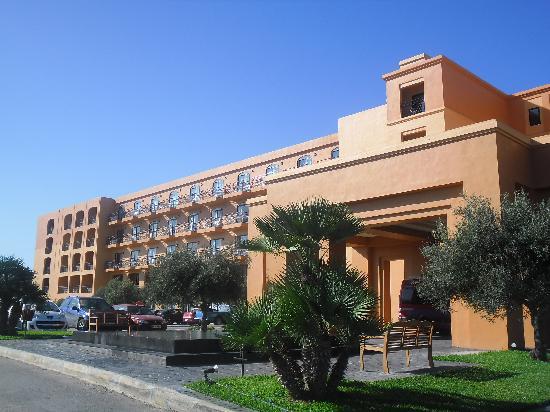 Ramla Bay Resort : Entrée de l'hôtel