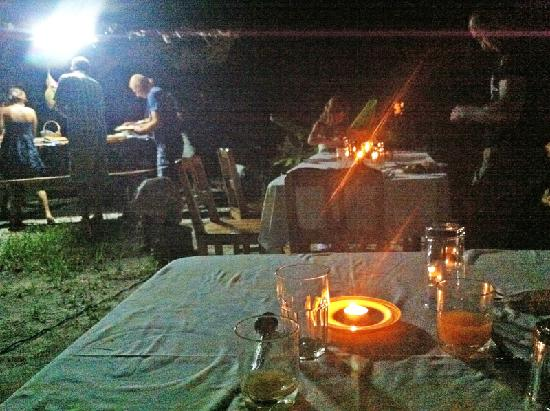 Pension Hibiscus: Barbecue night was a highlight of our stay