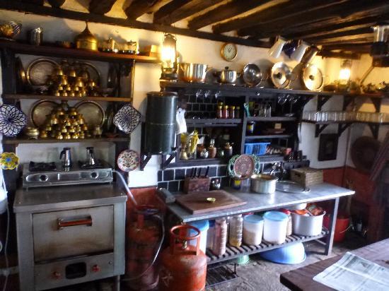 The Old Inn: kitchen
