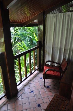 Lotus Villa Boutique Hotel: Balcony overlooking the courtyard