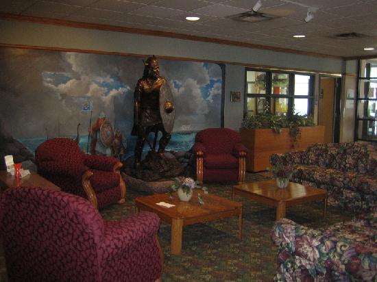 Clarion Inn Rochester: Lobby