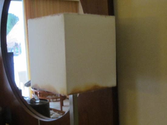 Grand Sunset Princess All Suites Resort: mildew stained valences