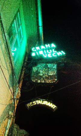 Crama Sibiul Vechi: Restaurant exterior